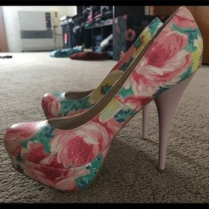 Super cute Bamboo brand heels.